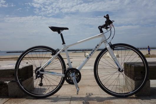 スマフォと楽しむクロスバイク、新型7.4&7.2FX