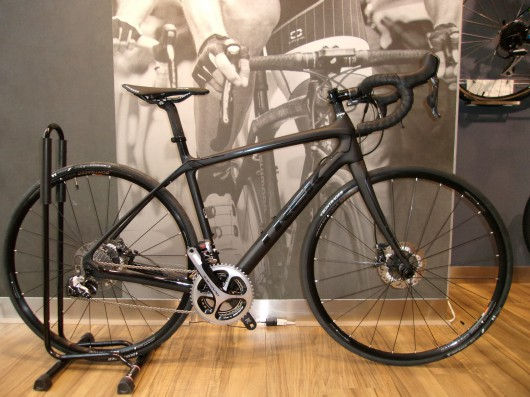 Come and check our Domane 6.9 Disc!