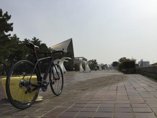新型DOMANE SLRで石畳を走ってみました。「須磨海岸」編