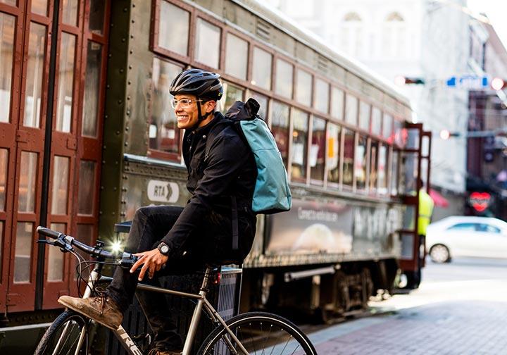 クロスバイクやロードバイクで自転車通勤