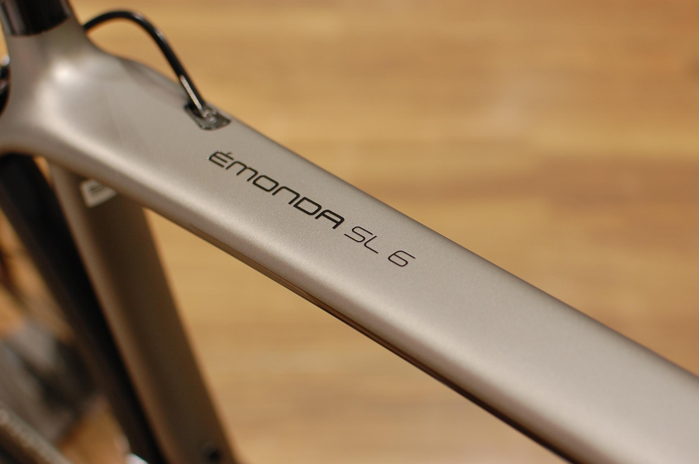カーボンホイールにR8000系アルテグラをアッセンブル 2018年モデル Emonda SL 6 Pro
