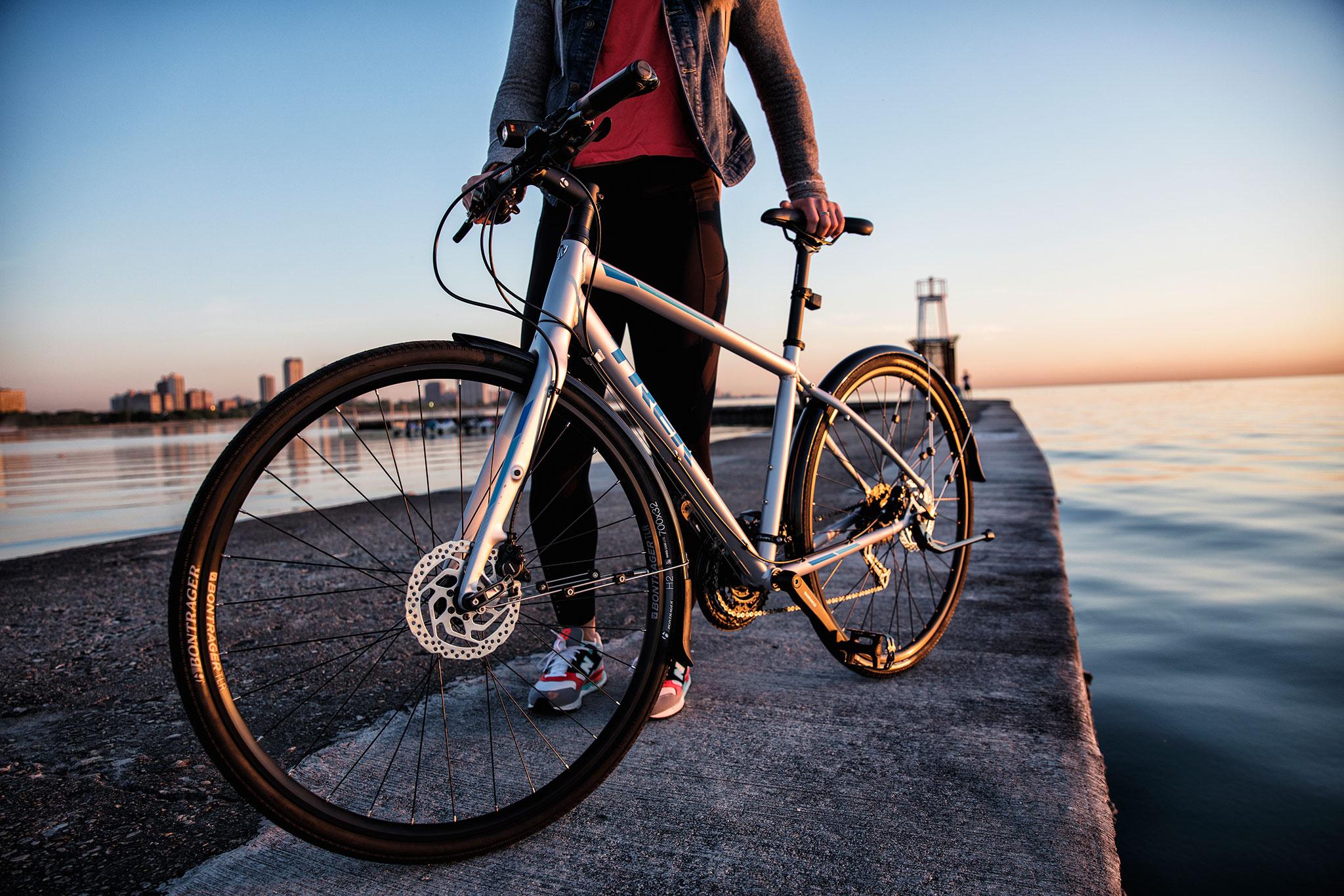 新世代のクロスバイクはディスクブレーキ!! TREK FX 3 DISC