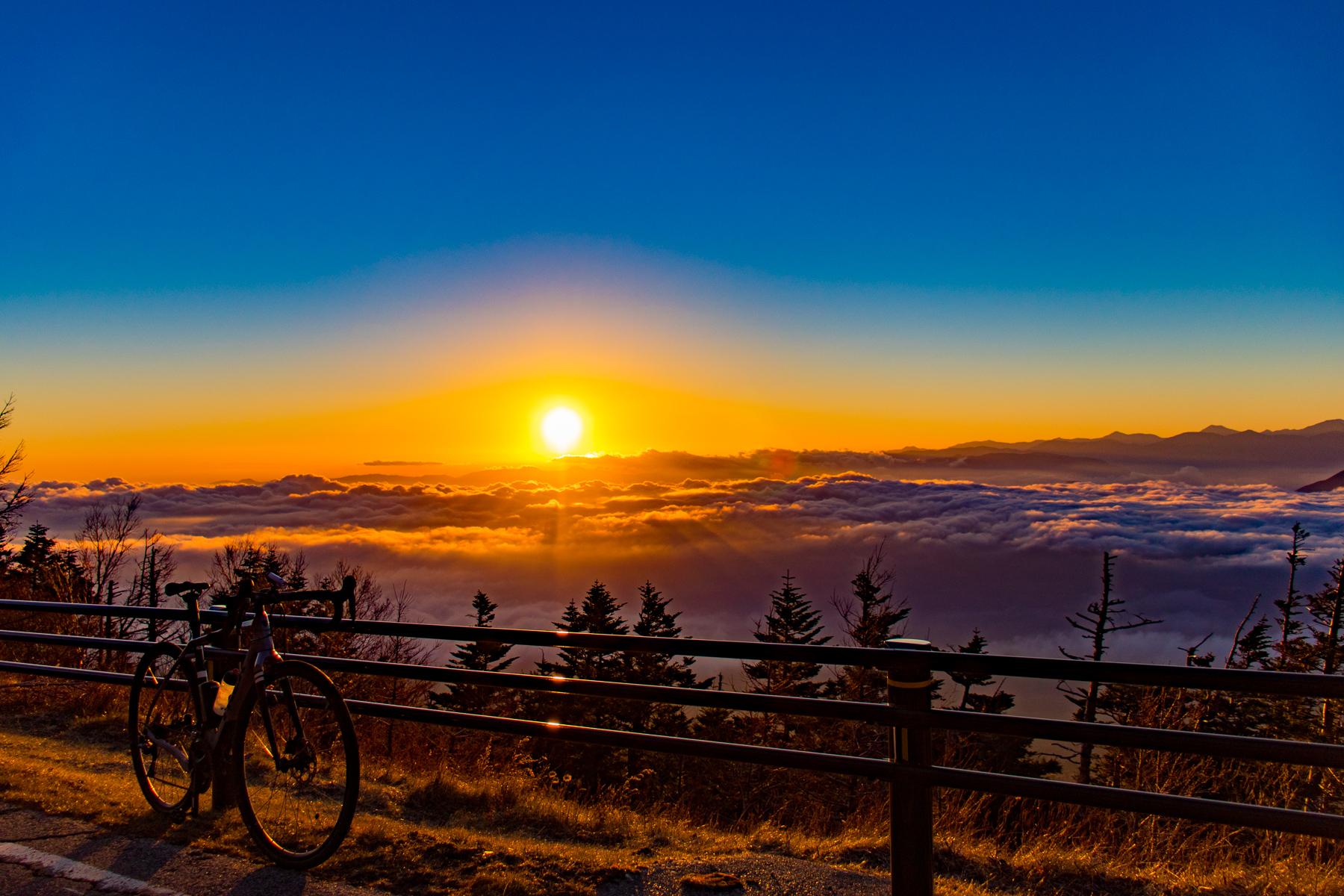 そうだ 富士山、行こう。季節外れの富士ヒルクライムでボントレガー秋冬アパレルの実力をチェック!!
