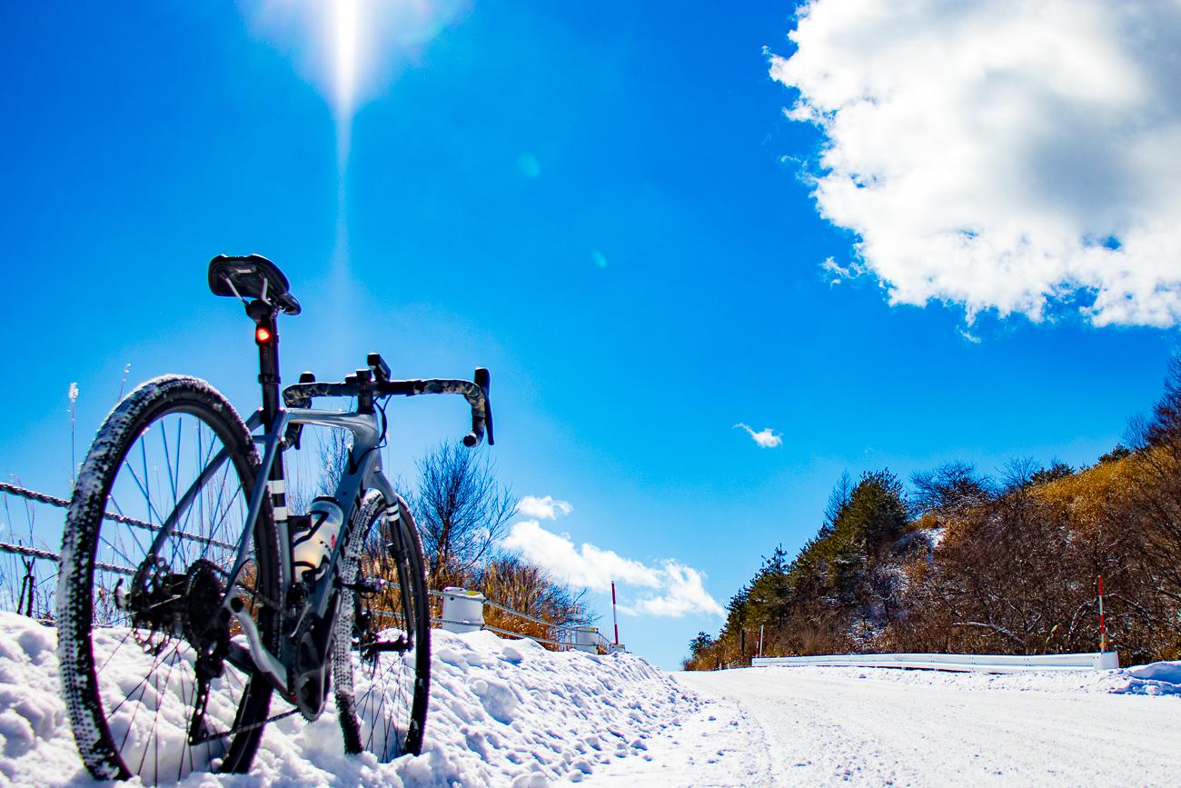 冬の絶景に出会う旅。 Checkpoint SL5でゆく、ビーナスライン雪道ライド