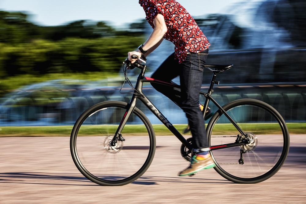 新生活にオススメ!クロスバイクで自転車通勤・通学をはじめてみませんか?
