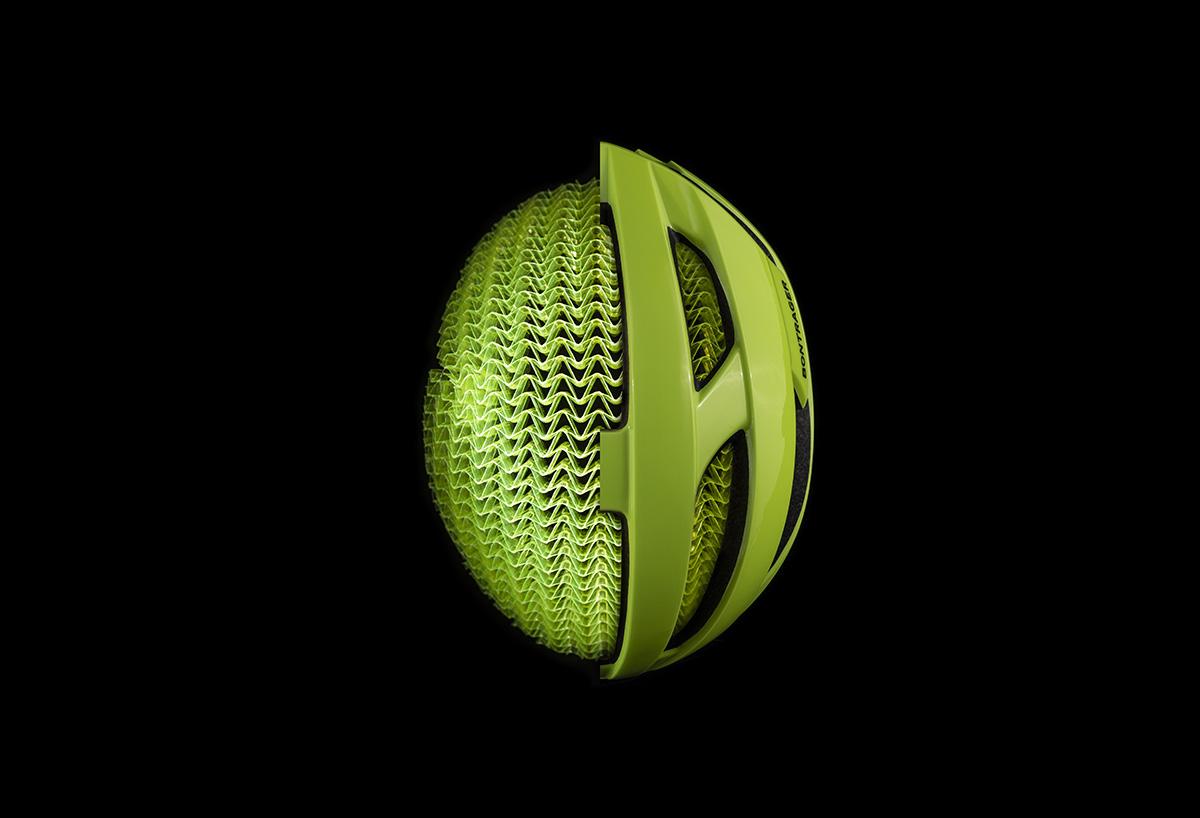 まったく新しい衝撃吸収技術「WaveCel」