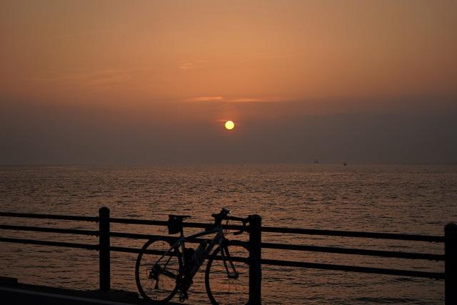 淡路サンセットラインの夕日