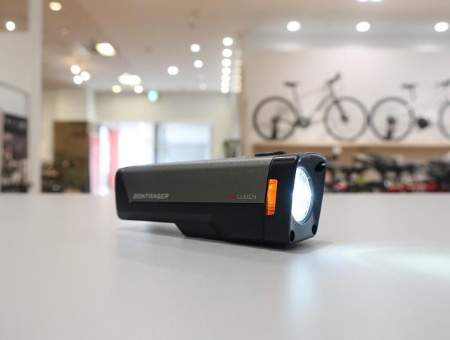 新ライト入荷しています!「Ion Elite R Front Bike Light」
