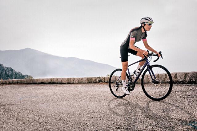 スポーツバイクに乗る時の服装ってどうすれば良いの?