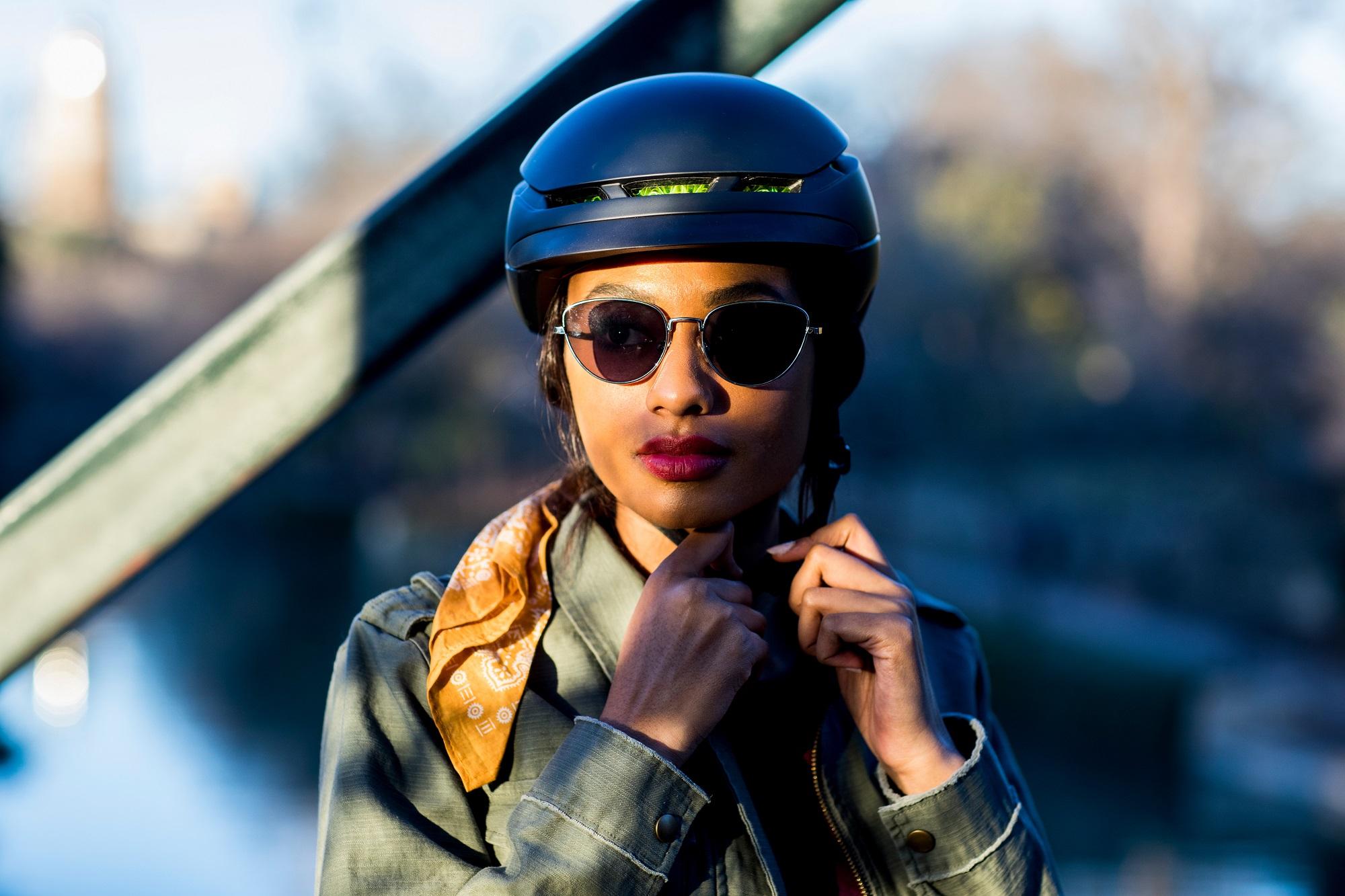 【ご予約受付中】WaveCelヘルメット限定モデル『Charge』&『Blaze』