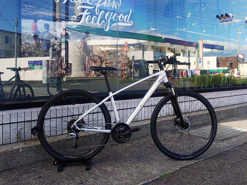 松山の街乗り・通勤ライドに意外とオススメ。マウンテンバイクっぽいクロスバイク【Dual Sport】シリーズ。