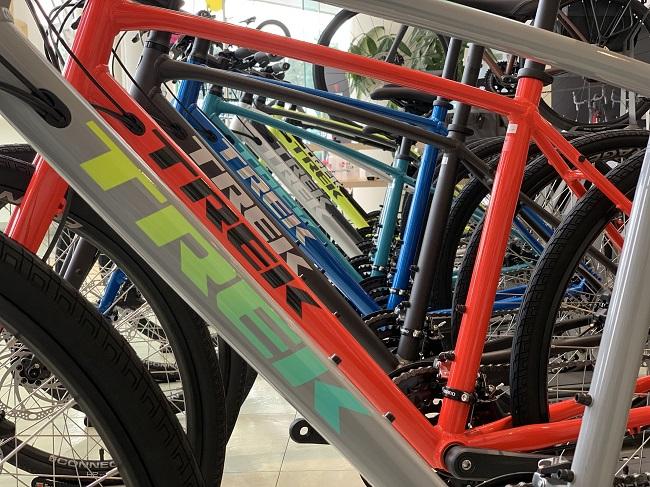 【3/28更新】神戸須磨店☆当日持って帰れる即納OKな「クロスバイク」FXシリーズをご紹介