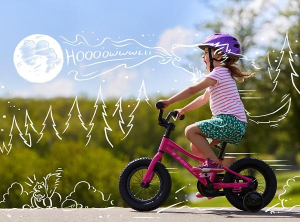 TREKキッズバイクで冬を楽しもう!クリスマスプレゼントにもぴったりのバイクあります