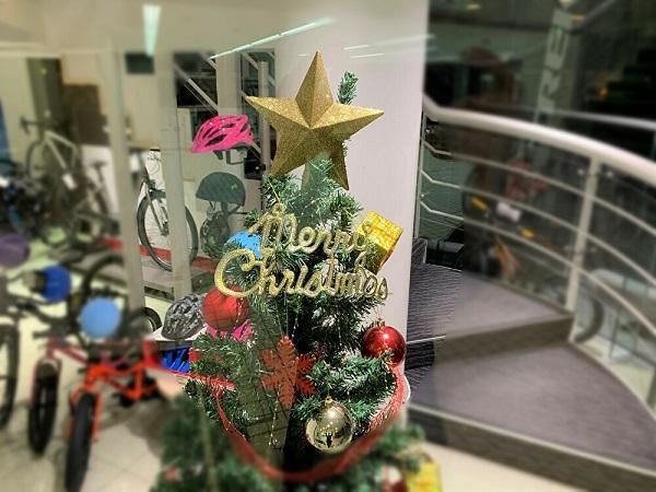 【クリスマスプレゼントにおすすめ】あったか冬物アパレルをご紹介♪