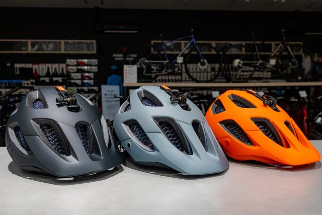 大切な頭を守って楽しくサイクリング! WaveCel限定ヘルメット・Blaze&Chargeが入荷しています!!