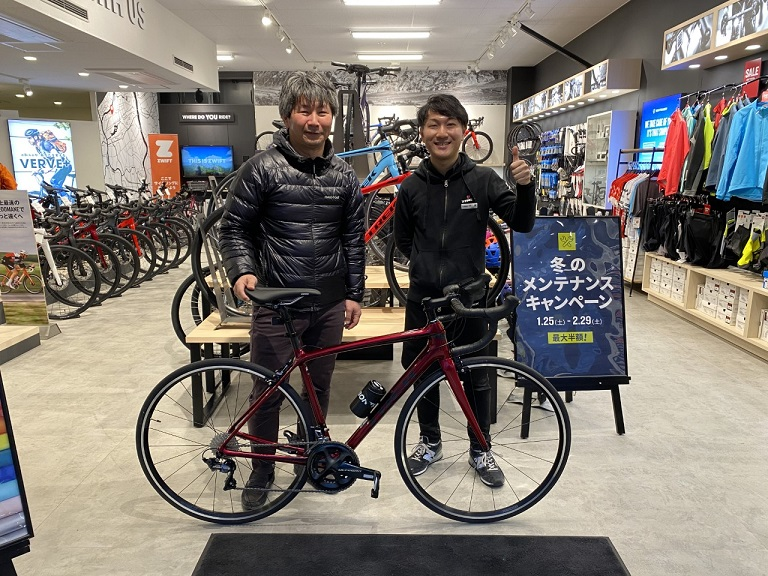 Happy New Bikes Day! EMONDA SL6で坂も軽やかに!