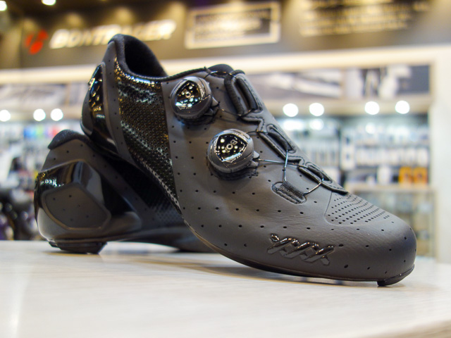 Bontrager XXX Road Cycling Shoe 日本未展開カラー入荷しています!