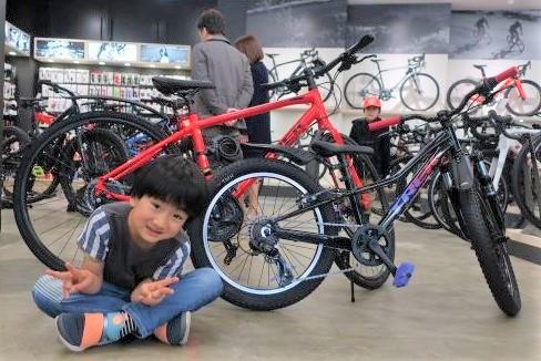 【Happy New Bike Day ! 】~甲府店 納車シーン~FX 3 Disc&Precaliber 20