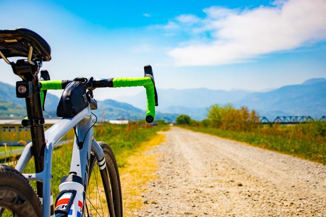 春のご近所サイクリング にオススメのアクセサリー