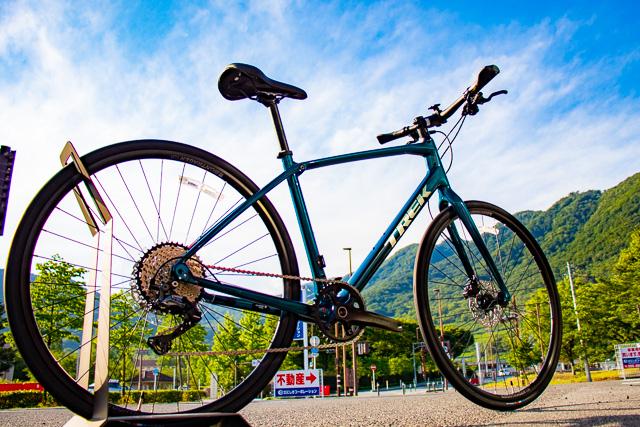 ロードバイクのような軽さ!クロスバイクFX Sport Carbon4が登場