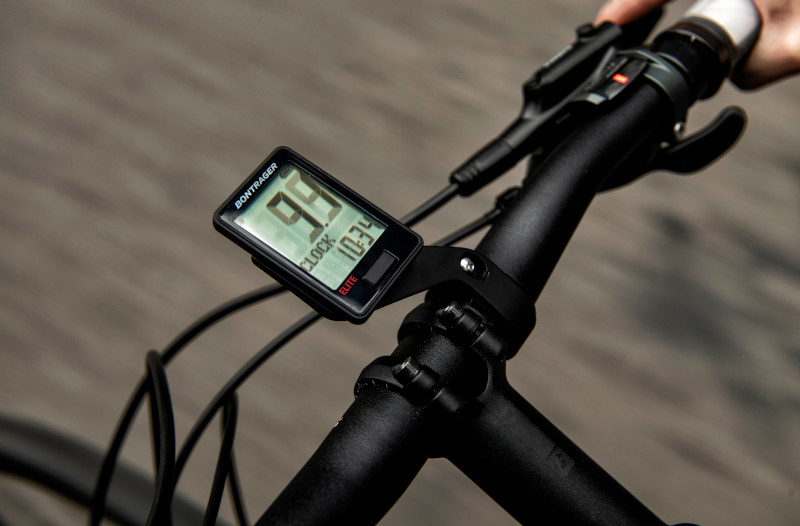 クロスバイク・ロードバイク初心者のステップアップにオススメのアイテム3選