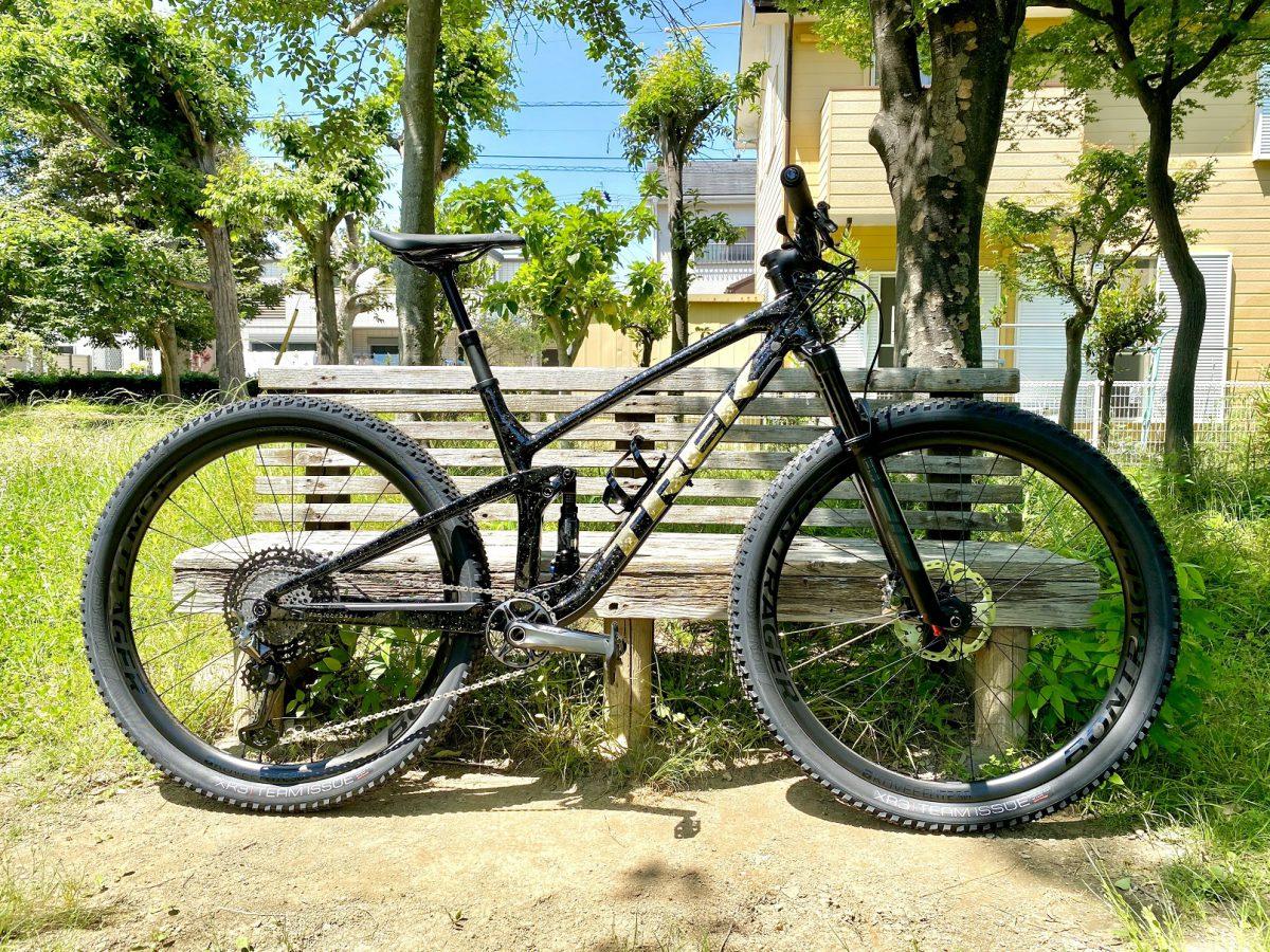 【Happy New Bike Day】ゴールドが眩しいTop Fuelが浜松に降臨!